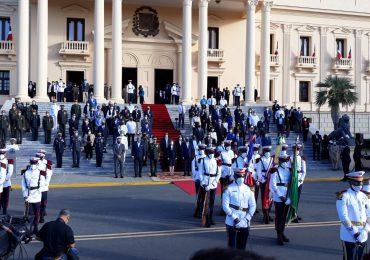 Presidente Luis Abinader realizan homenaje a la Bandera Nacional y Matías Ramón Mella