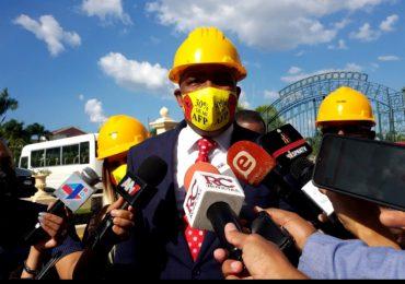 Video | Pedro Botello sostiene reunión con ministros en el Palacio Nacional