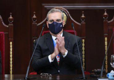"""Presidente Abinader: """"Ya no hay impunidad y todo el que la hace, la paga"""""""