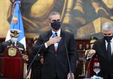 """Gobierno promete la construcción del """"DR Silicon Beach"""" en Puerto Plata"""