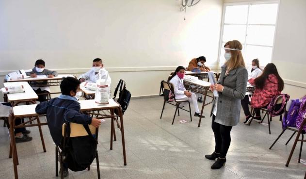 En Argentina reabren gradualmente las escuelas