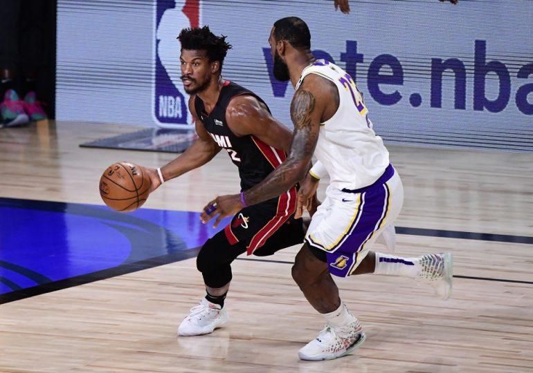 Los Miami Heat sorprenden a los Lakers de LeBron James en la NBA