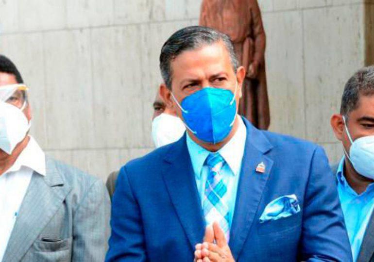 Director de Gabinete  de Salud, Robinson Díaz renuncia a su cargo