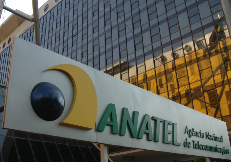Anatel discute aprobación del aviso de subasta 5G, sin prohibir a Huawei