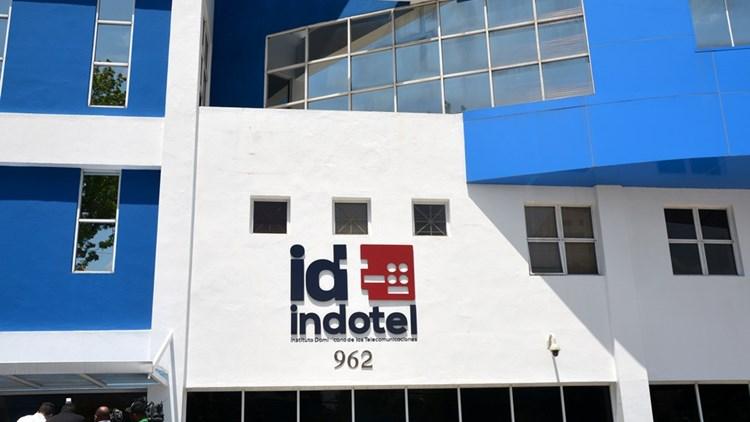 Indotel realiza reunión virtual con prestadoras de servicios de telefonía e internet