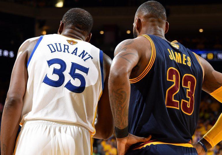 LeBron y Durant serán capitanes de los equipos del All-Star de la NBA