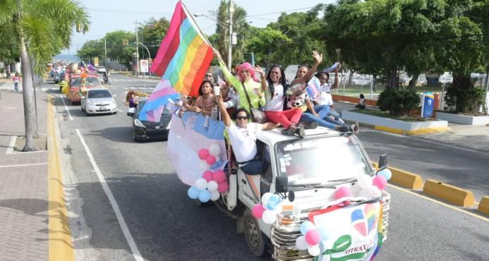 Más de tres mil personas han participado en la Primera Encuesta Nacional LGBTI