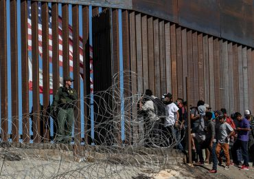 México sugiere a EEUU extender restricciones en la frontera por Covid-19