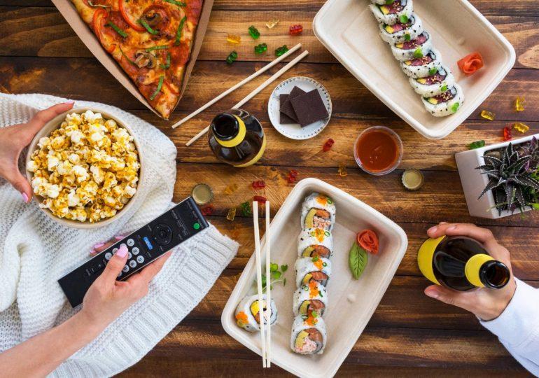 """Restaurantes están listos para anotar un """"touchdown"""" con los usuarios a través de Uber Eats"""