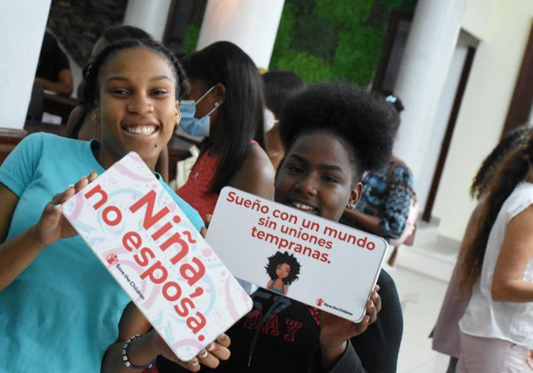 Save the Children concluye proyecto para cambiar patrones de niñas y adolescentes casadas en San Cristóbal