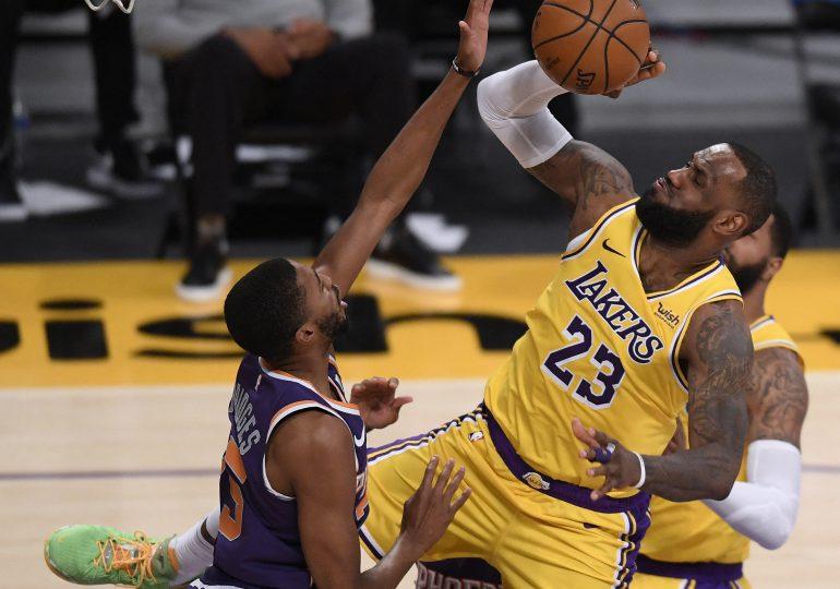 LeBron no participará en último juego antes de All-Star por un esguince