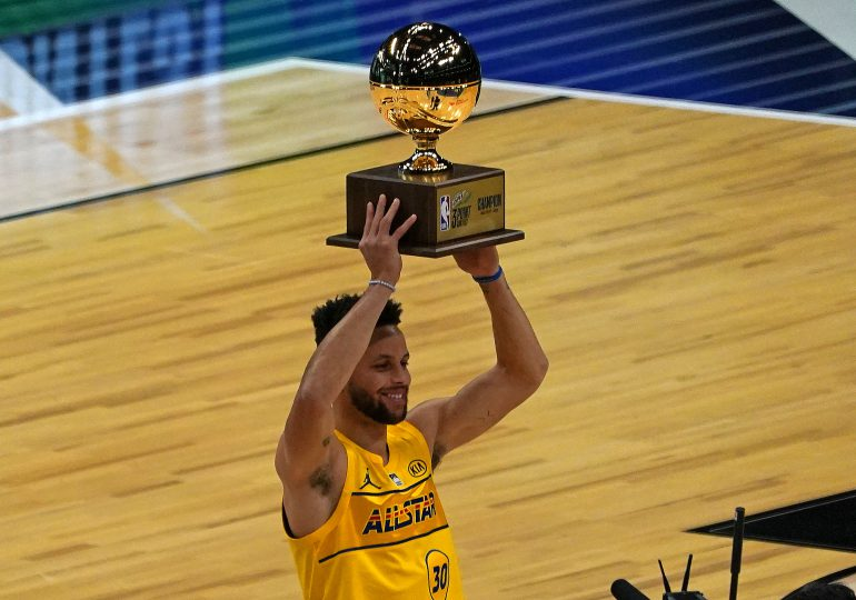 Stephen Curry conquista su segundo concurso de triples del All-Star de la NBA