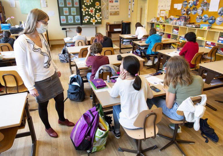 EEUU flexibiliza medidas con un metro de separación en escuelas