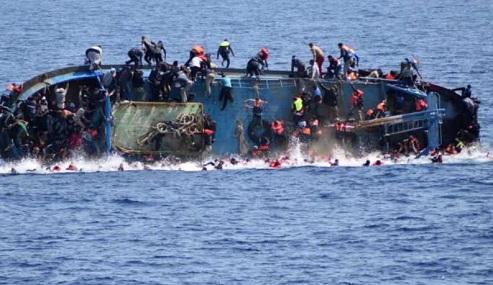 Naufragio frente a costas de Túnez deja 14 migrantes muertos y 139 rescatados