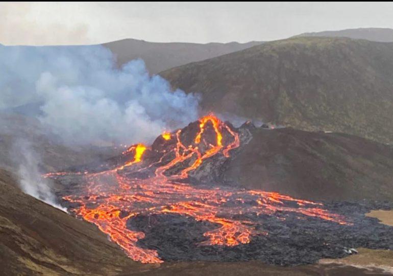 Un volcán erupciona en Islandia tras 800 años inactivo