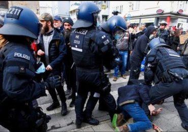 Incidentes en manifestación contra restricciones por pandemia en Alemania