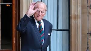 """El duque de Edimburgo fue sometido """"con éxito"""" a una operación cardíaca"""