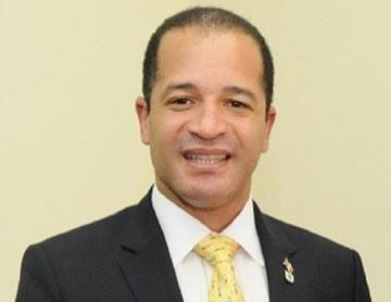 Aprueban nombrar calle en honor a Juan de los Santos, en Santo Domingo Este