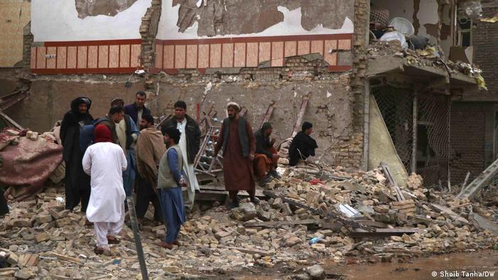 Ocho muertos y 47 heridos en atentado con coche bomba en Afganistán