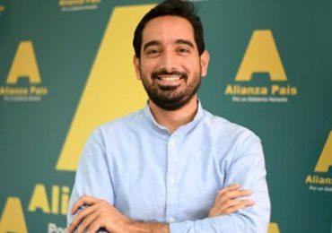 Diputado José Horacio aclara no votó en contra de proyecto prohíbe cobro de reinscripción