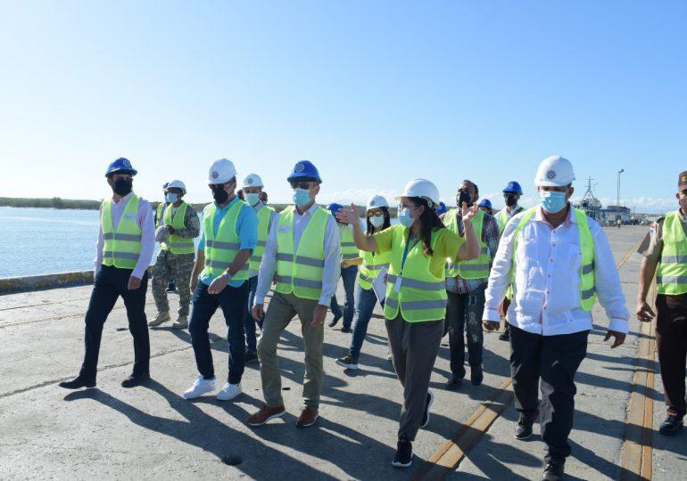 Embajador de Francia en RD visita Puerto Manzanillo