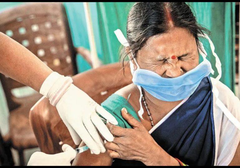 India revisa efectos secundarios de vacuna anticovid de AstraZeneca tras temores en Europa