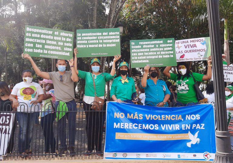 Alianza País reitera su apoyo a las 3 causales