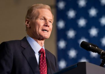 Biden nombra a un exsenador demócrata como jefe de la NASA