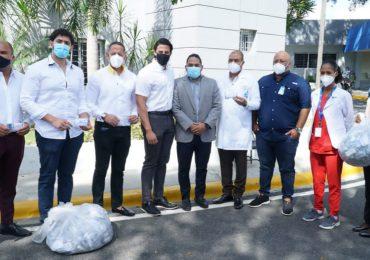 Fundación Raymond Rodríguez dona insumos contra Covid-19 al Moscoso Puello