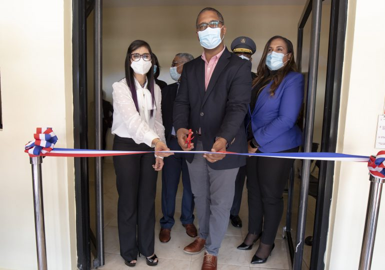 Inauguran centro de protección a la niñez en Neiba