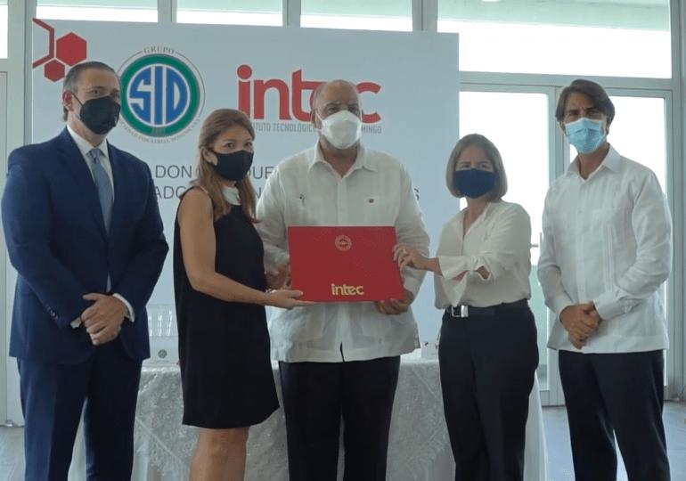 VIDEO | Firman convenio para crear beca Don Enrique Armenteros en doctorado de Ciencias Ambientales