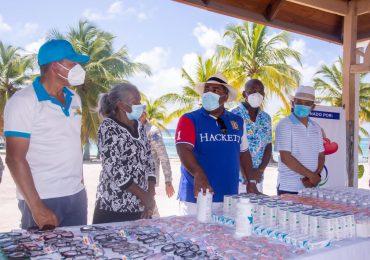 Gestionan y entregan ayudas sociales en San Pedro de Macorís, La Romana y la Isla Saona
