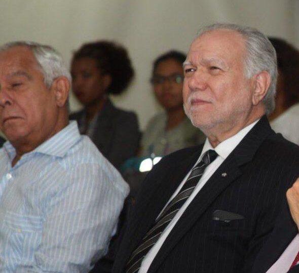 Leonel Fernández lamenta muerte de exgobernador del Banco Central