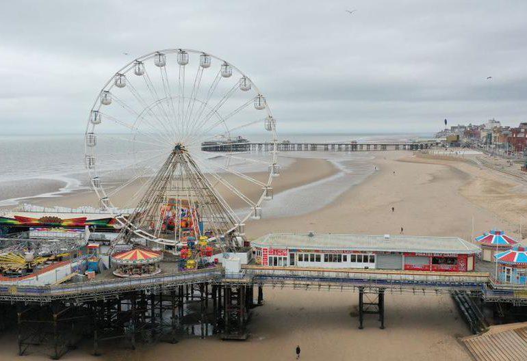 La ciudad inglesa de Blackpool, hundida en la pobreza por la pandemia