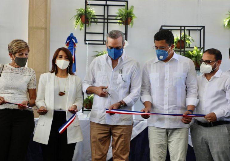 Abinader inaugura estaciones de bombeo en Puerto Plata