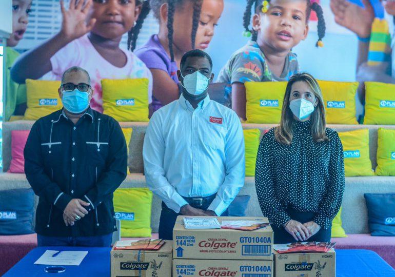 Entregan 3,400 kits de higiene bucal a infantes en las provincias del sur del país