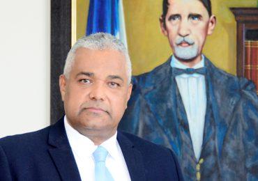 Presidente TSE dice plantearía su aspiración para participar en la escogencia del nuevo pleno