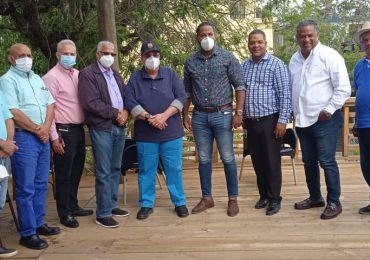 Charlie Mariotti recibe apoyo de la dirigencia del PLD en La Vega, Salcedo y SFM para su candidatura