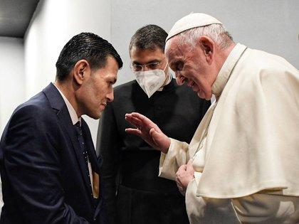 El papa Francisco se reunió con el padre del niño que se ahogó en el mar Egeo