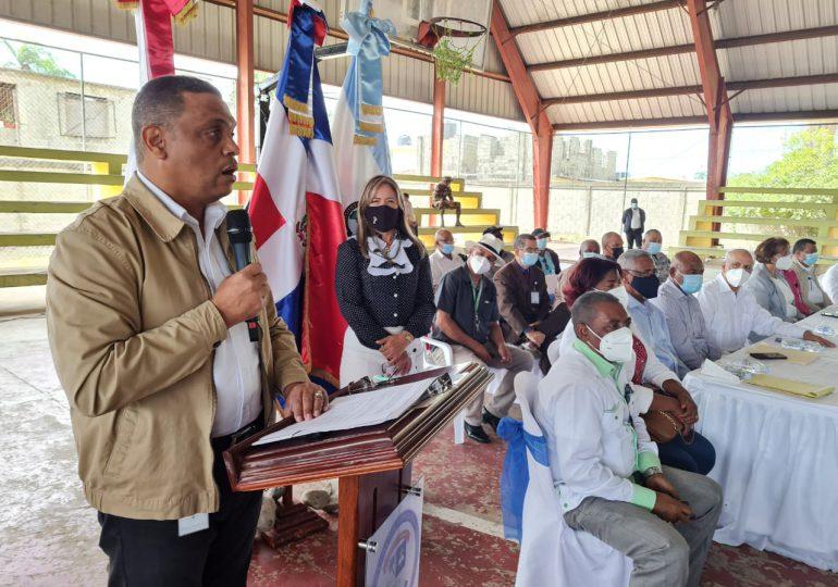 Gobierno inicia proceso de titulación de terrenos en San Cristóbal