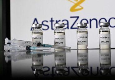 """AstraZeneca: estudios demuestran que beneficios de vacuna superan """"ampliamente"""" los riesgos"""