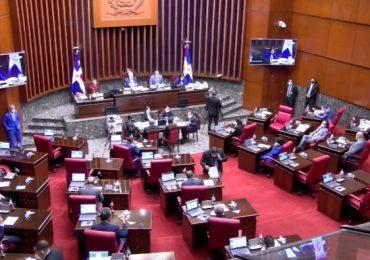 Senadores con posiciones encontradas en torno a verja perimetral en la frontera