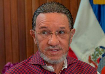 Amable Aristy pide personal hotelero sea próximo grupo en recibir vacuna anticovid