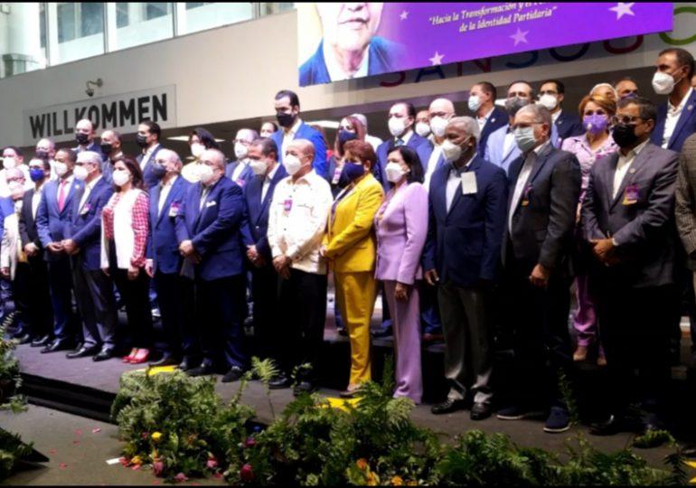 Video | Sólo siete mujeres forman parte del nuevo Comité Político del PLD