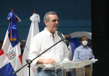 """Presidente Abinader sobre el apoyo al deporte: """"No es lo que se dice es lo que se hace"""""""