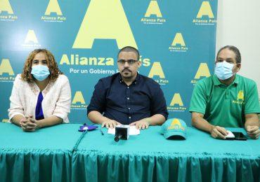 Tras declaraciones de Josefa Castillo, piden investigar nómina de Superintendencia de Seguros