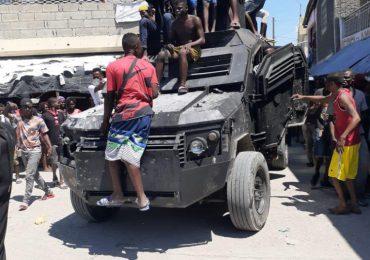 Tres agentes muertos y ocho heridos deja enfrentamiento entre Policía de Haití y una banda armada