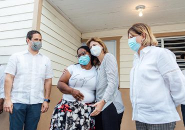 Gobierno entrega viviendas en San Juan de la Maguana
