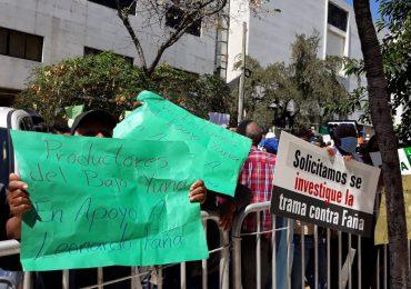 VIDEO | Cientos de personas piden libertad de Leonardo Faña