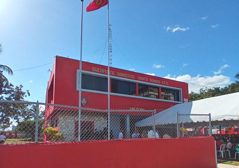 VIDEO   Entregan estación de bomberos remozada en Ensanche Ozama